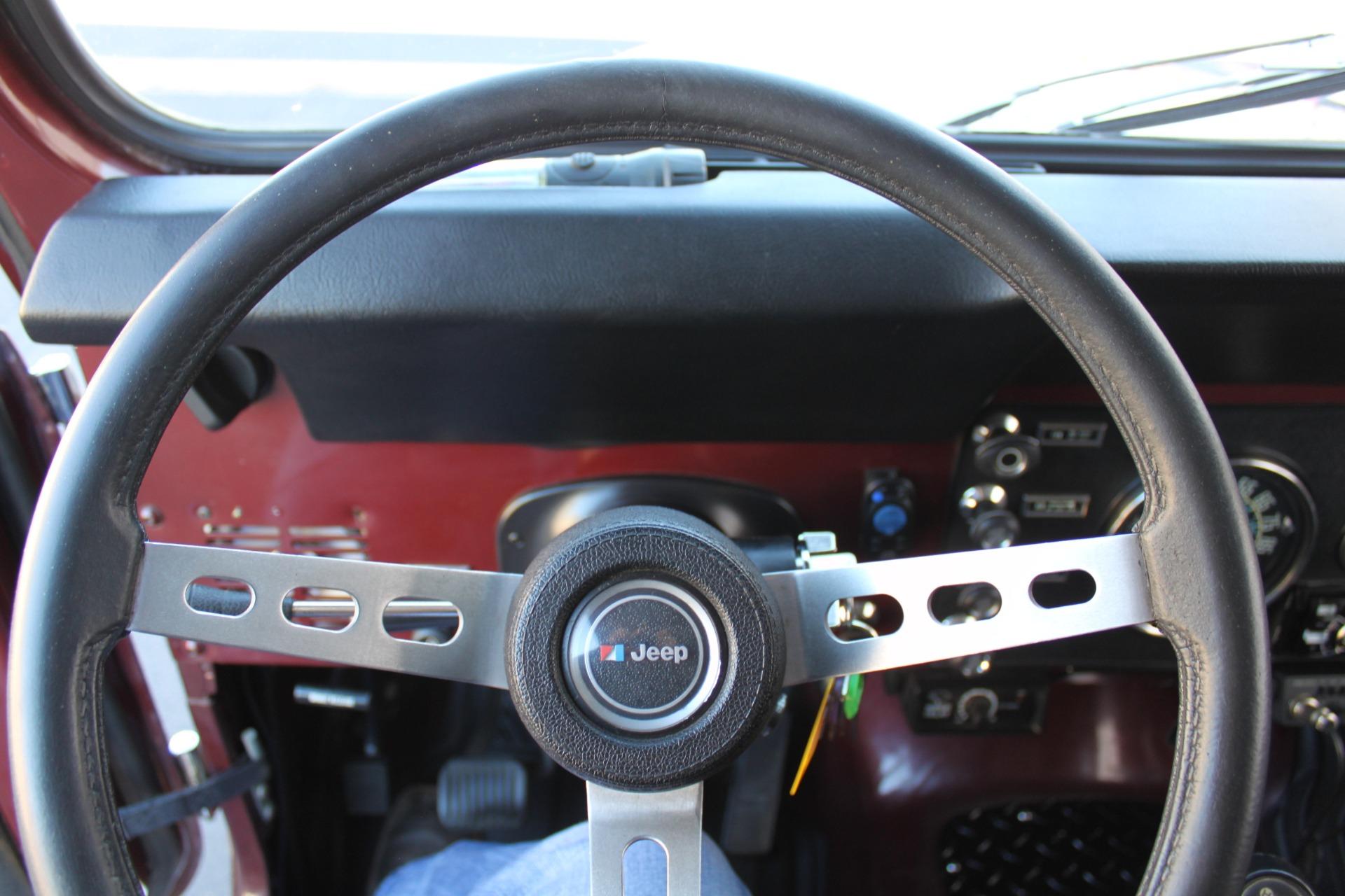 Used-1980-Jeep-CJ7-4WD-Ferrari