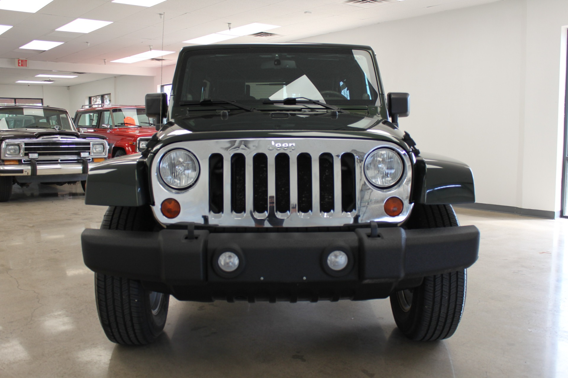 Used-2010-Jeep-Wrangler-Unlimited-Sahara-4X4-Wrangler