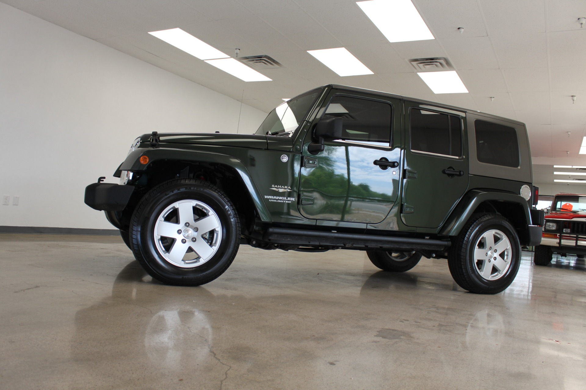 Used-2010-Jeep-Wrangler-Unlimited-Sahara-4X4-Lexus
