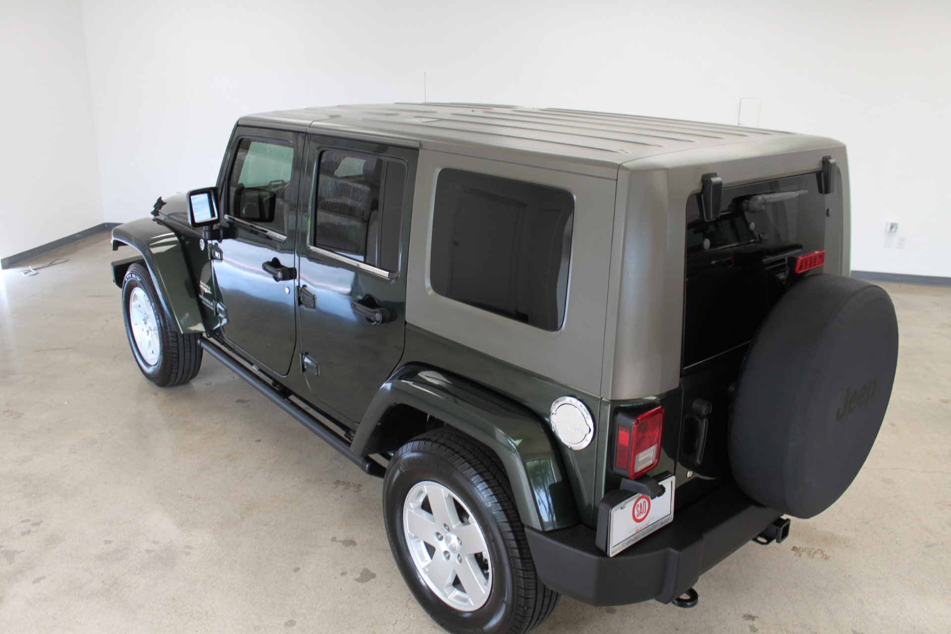 Used-2010-Jeep-Wrangler-Unlimited-Sahara-4X4-Camaro