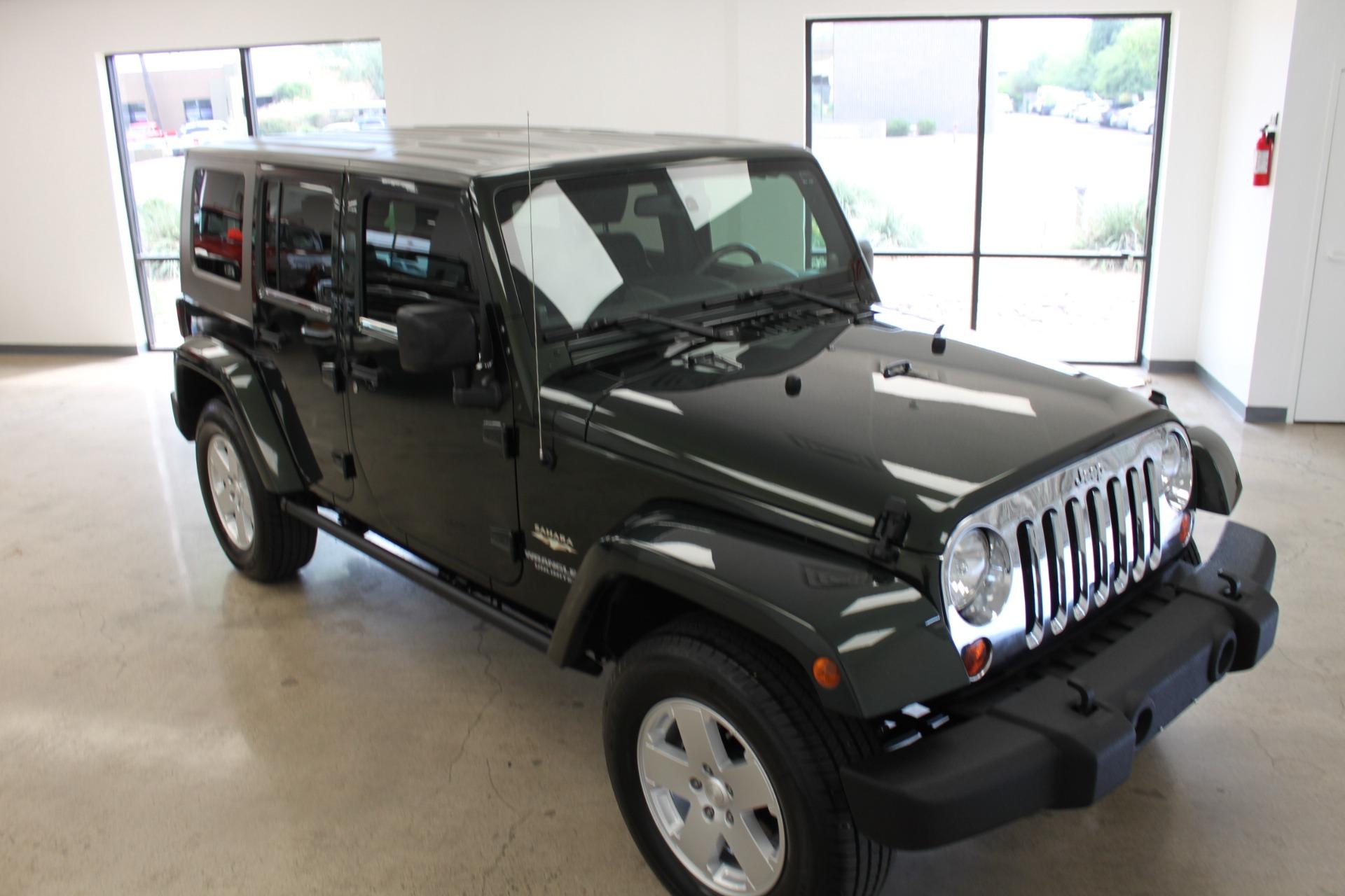 Used-2010-Jeep-Wrangler-Unlimited-Sahara-4X4-Fiat