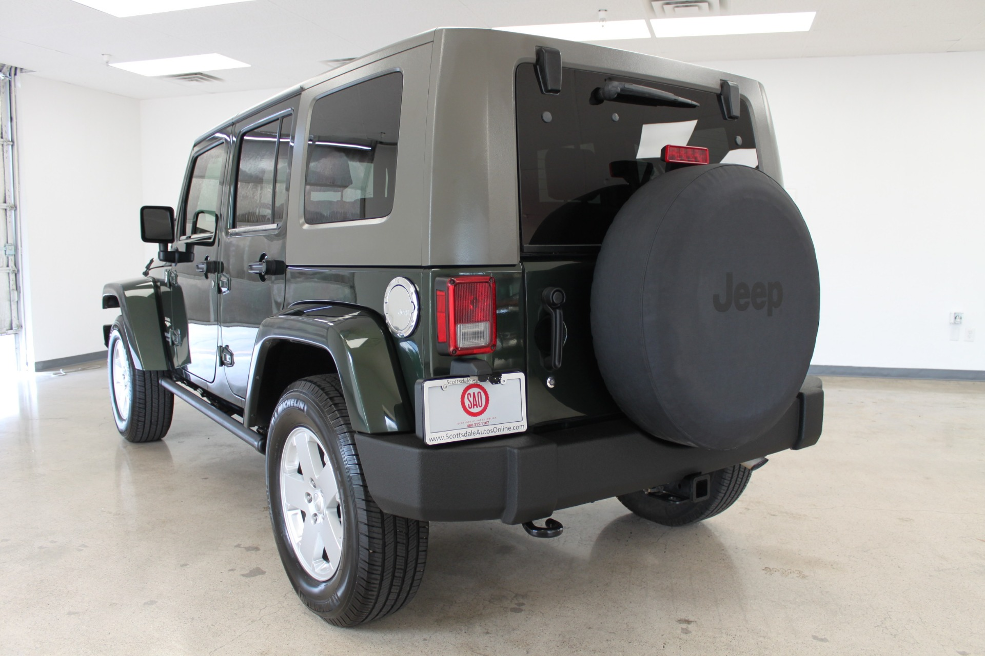 Used-2010-Jeep-Wrangler-Unlimited-Sahara-4X4-Mopar