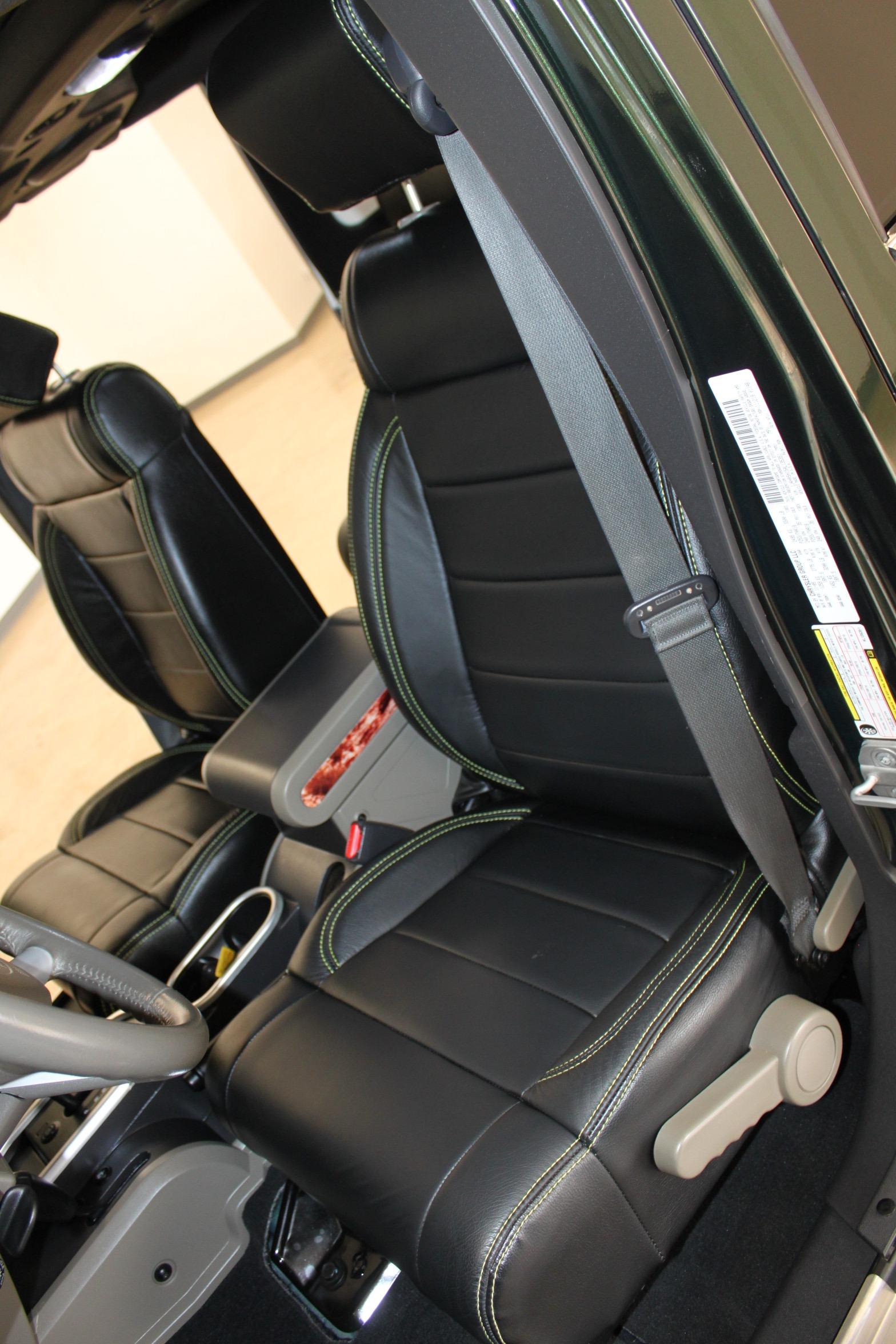 Used-2010-Jeep-Wrangler-Unlimited-Sahara-4X4-Range-Rover