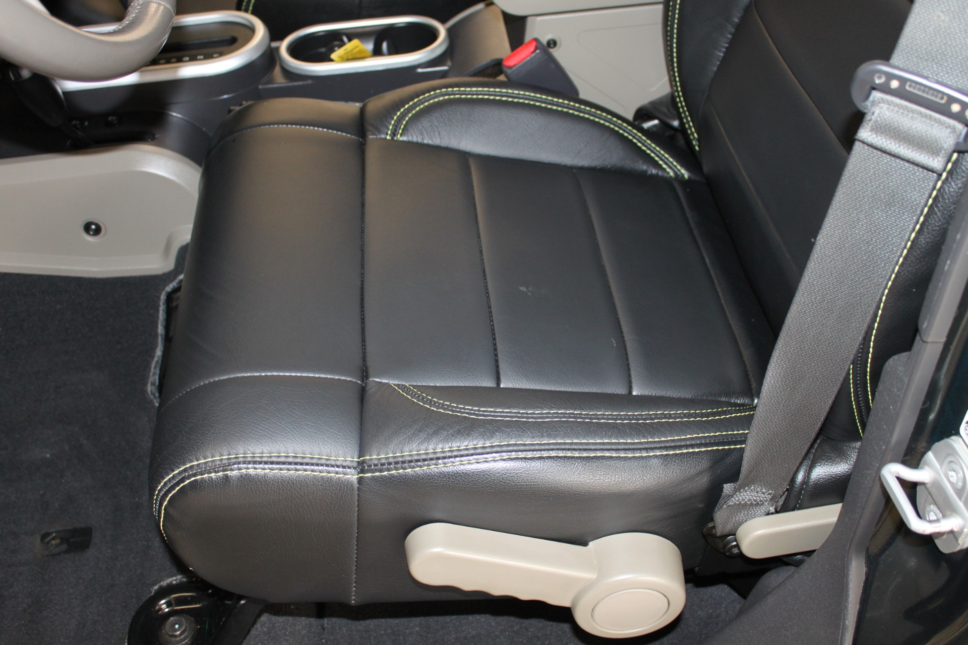 Used-2010-Jeep-Wrangler-Unlimited-Sahara-4X4-Porsche