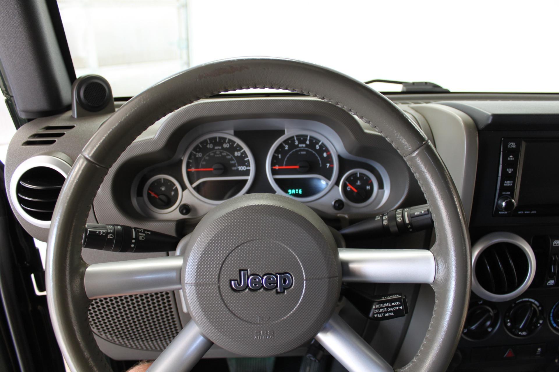 Used-2010-Jeep-Wrangler-Unlimited-Sahara-4X4-Jeep