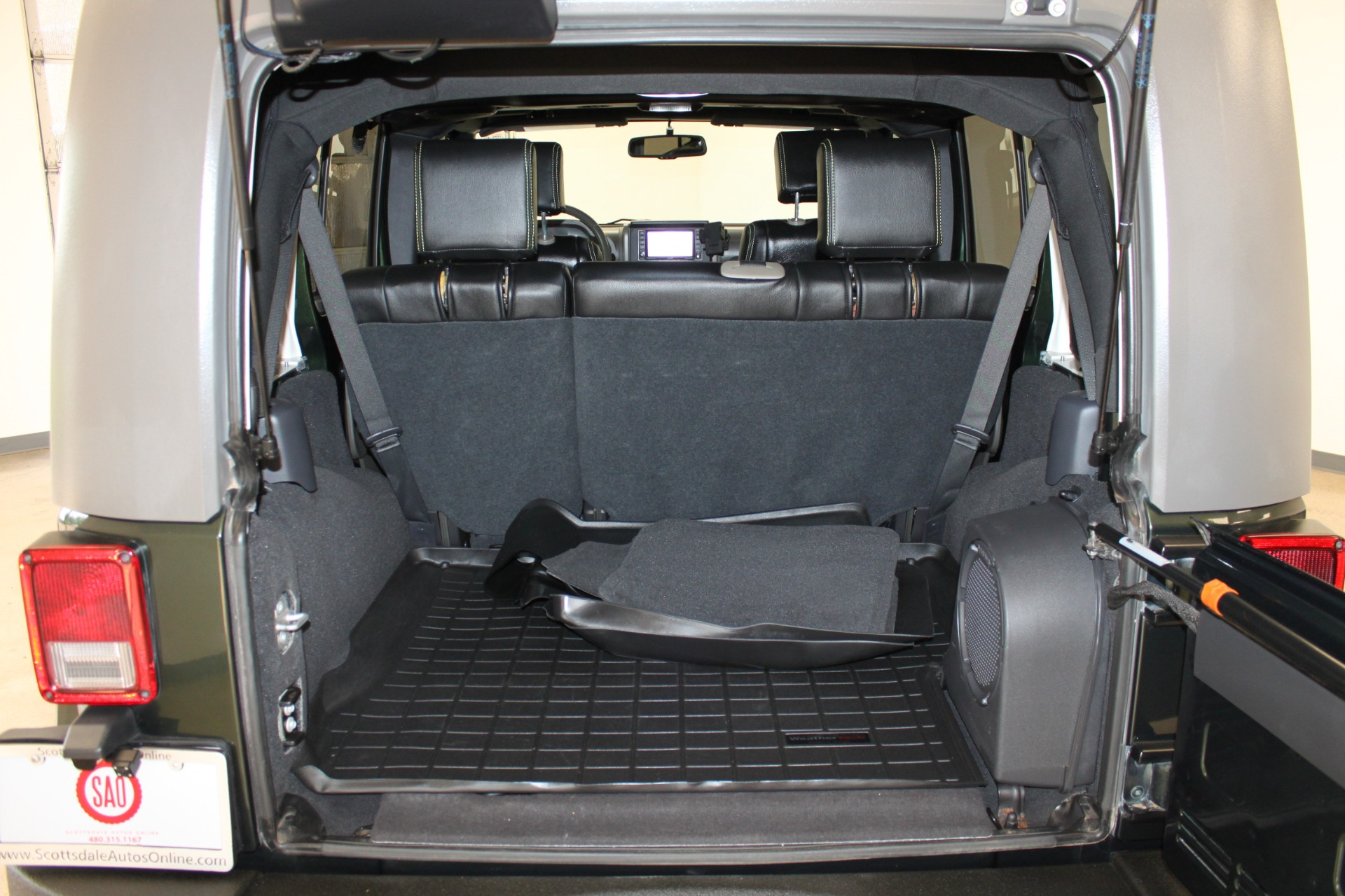Used-2010-Jeep-Wrangler-Unlimited-Sahara-4X4-Chevrolet