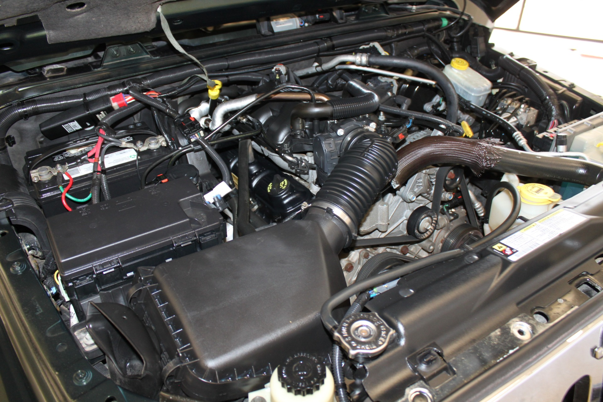 Used-2010-Jeep-Wrangler-Unlimited-Sahara-4X4-Dodge