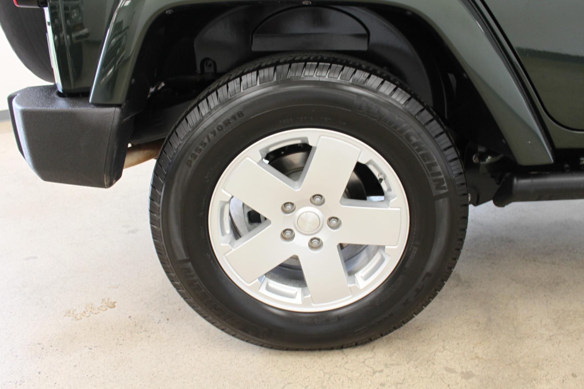 Used-2010-Jeep-Wrangler-Unlimited-Sahara-4X4-XJ