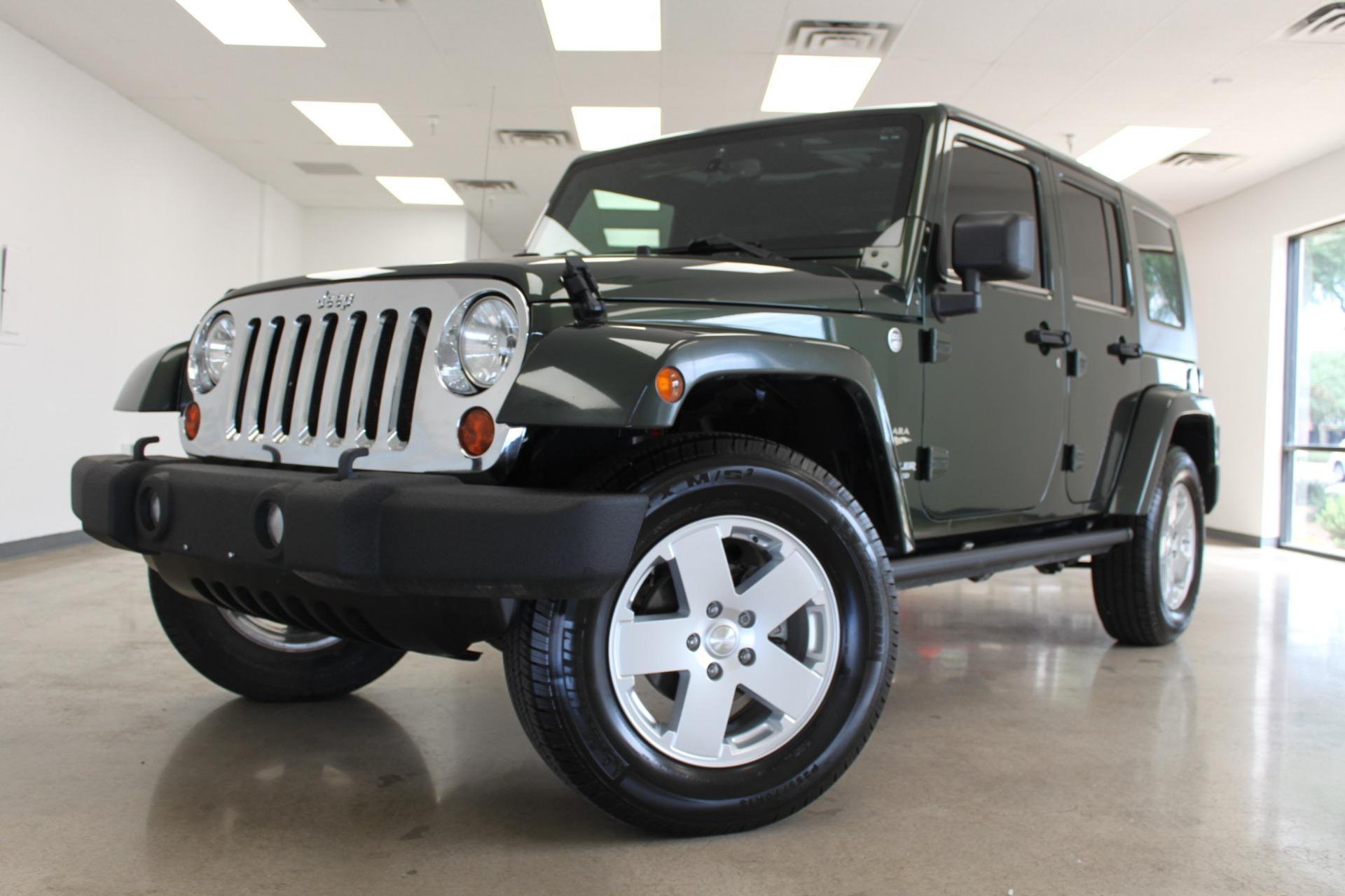 Used-2010-Jeep-Wrangler-Unlimited-Sahara-4X4-Wagoneer