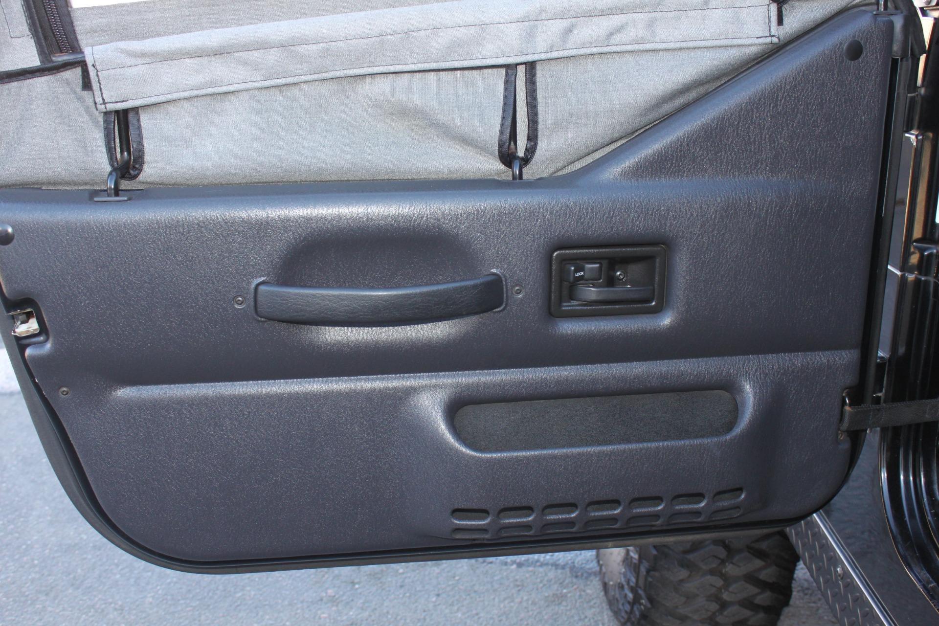 Used-2004-Jeep-Wrangler-Rubicon-XJ