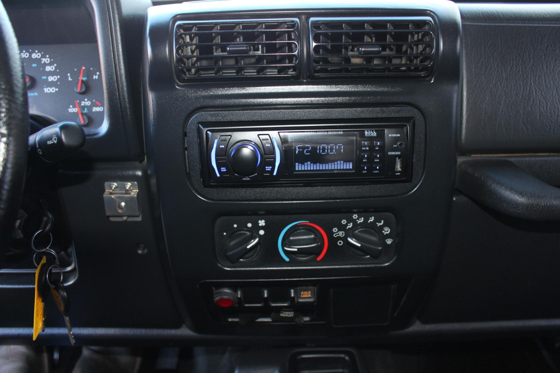 Used-2004-Jeep-Wrangler-Rubicon-Range-Rover