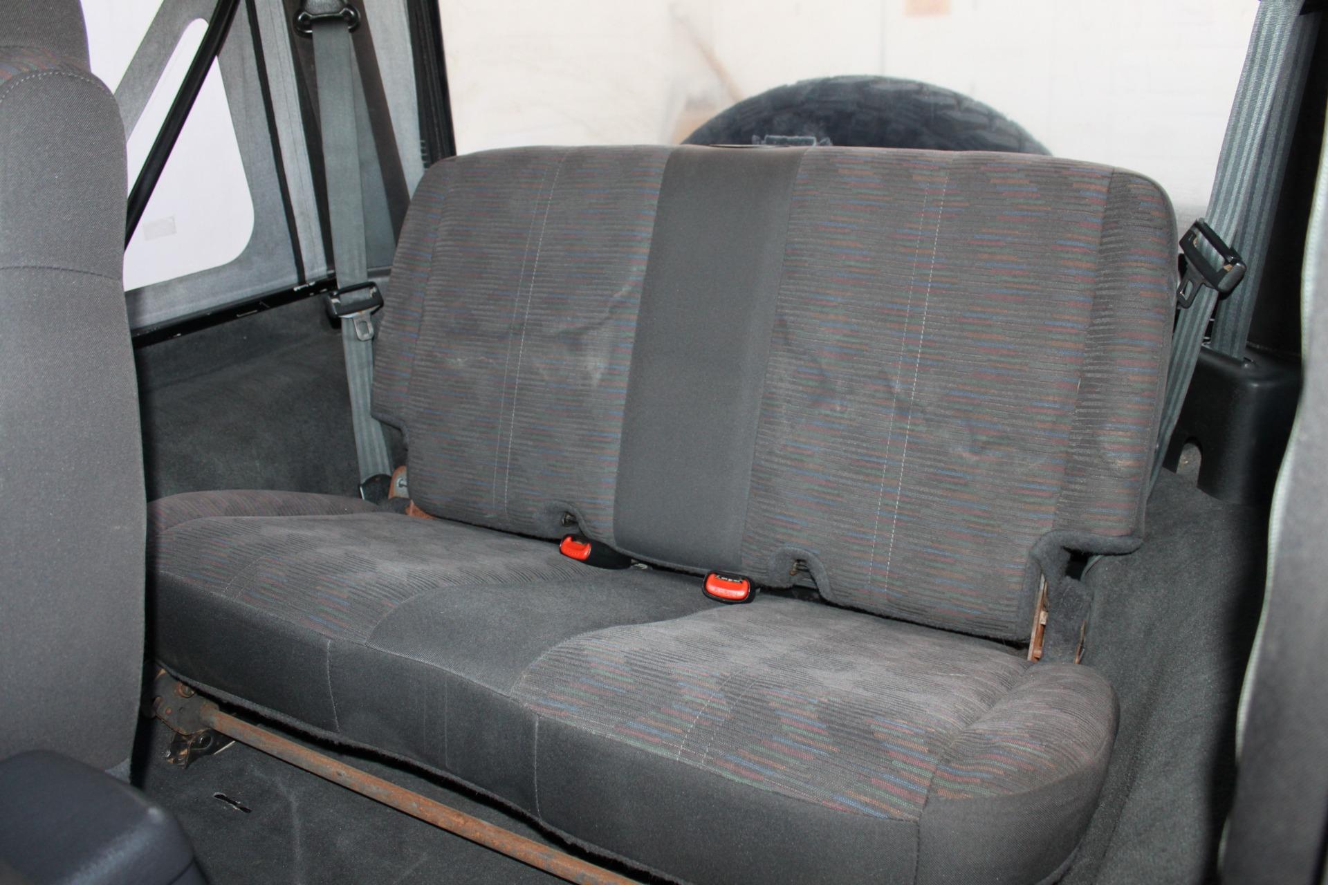 Used-2004-Jeep-Wrangler-Rubicon-Mopar