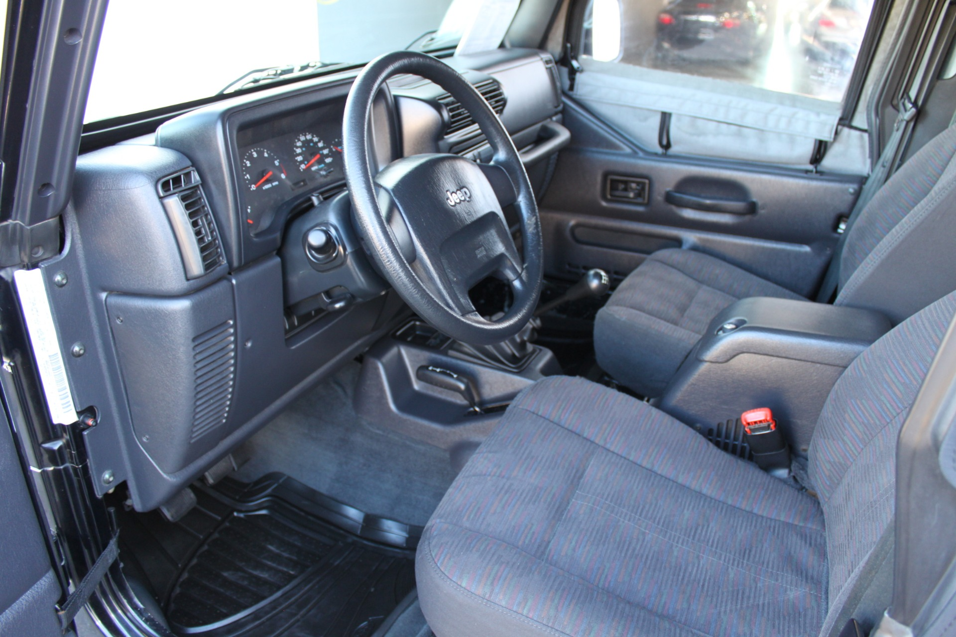 Used-2004-Jeep-Wrangler-Rubicon-Collector