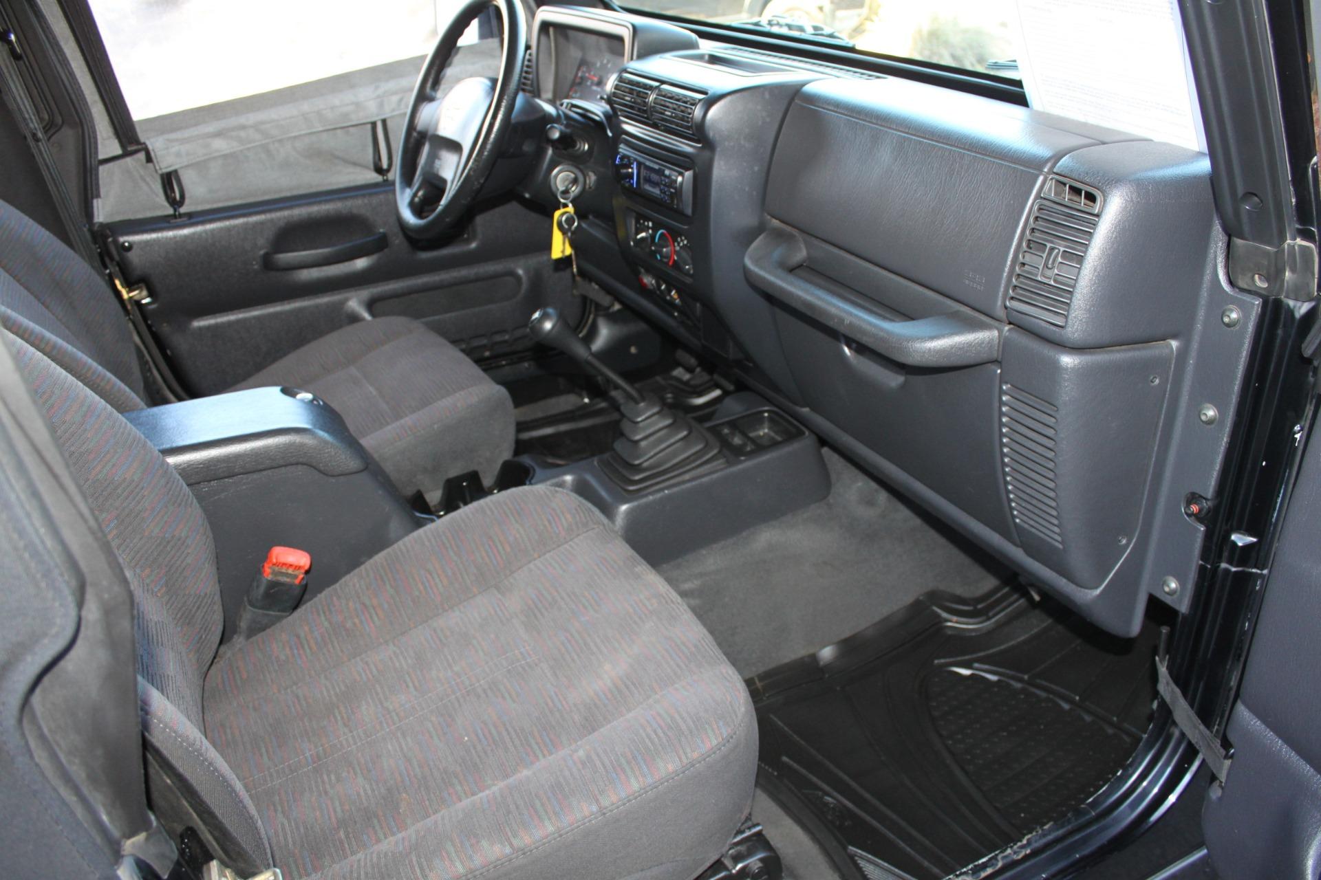 Used-2004-Jeep-Wrangler-Rubicon-BMW