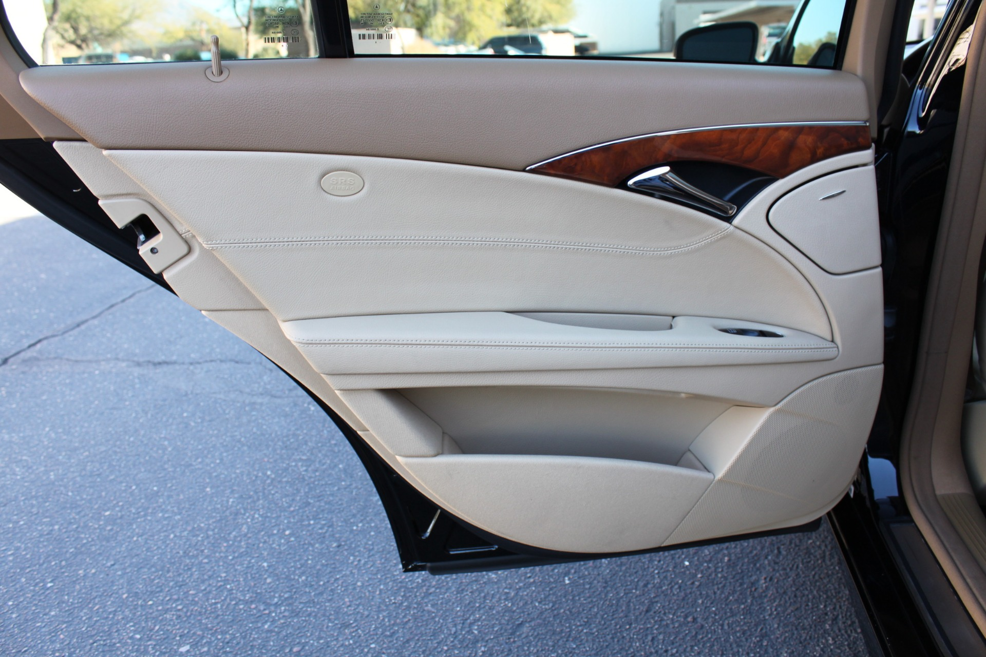 Used-2009-Mercedes-Benz-E-Class-E320-30L-BlueTEC-Acura