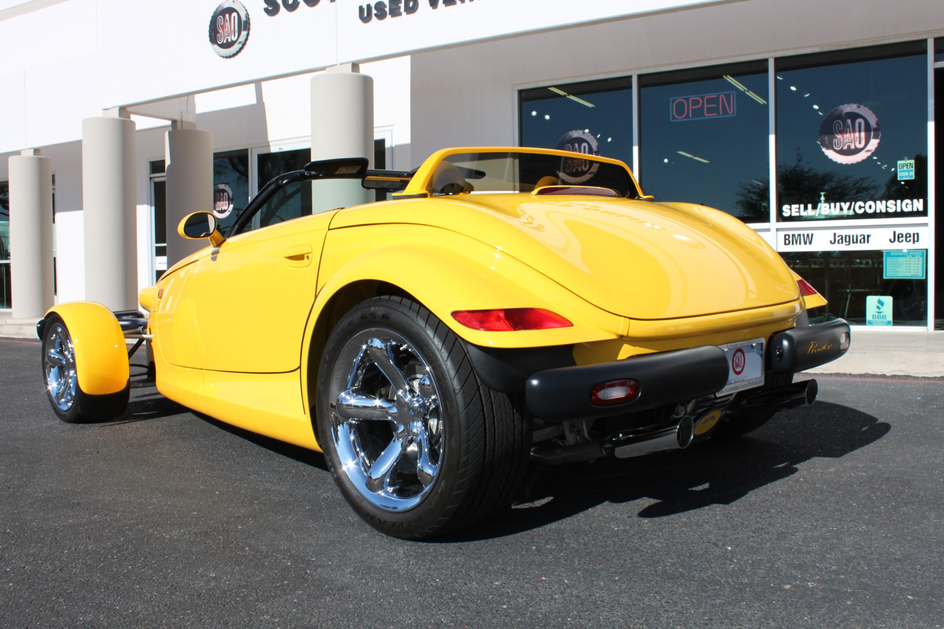Used-2002-Chrysler-Prowler-Grand-Wagoneer