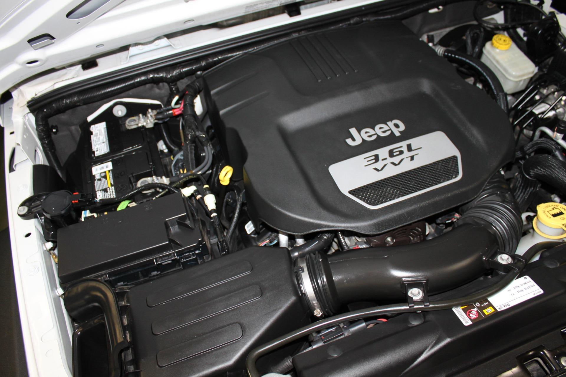 Used-2013-Jeep-Wrangler-Sport-S-4X4-Audi