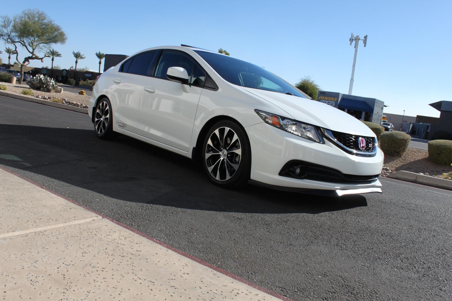 Used-2013-Honda-Civic-Sedan-Si-Chevrolet