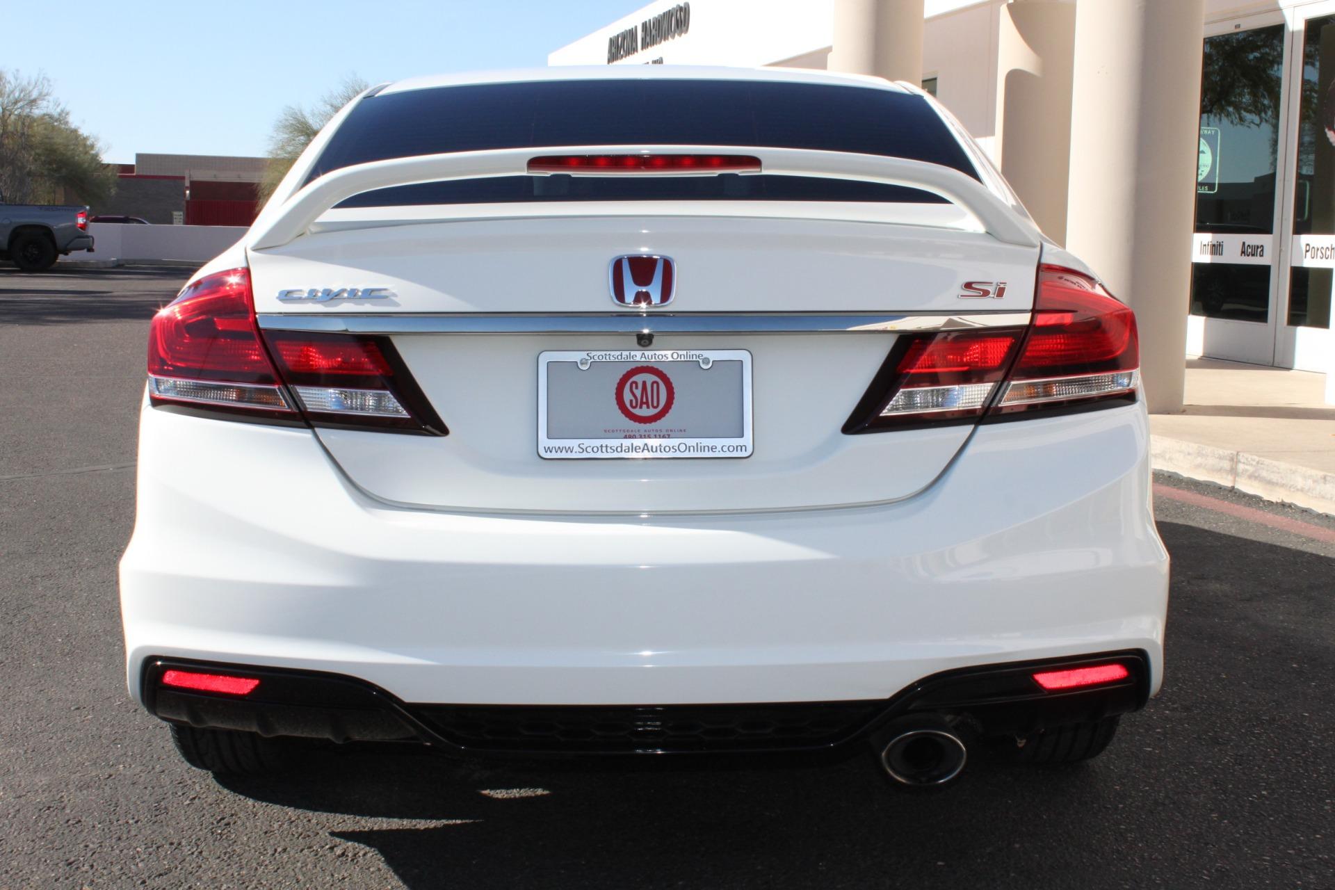 Used-2013-Honda-Civic-Sedan-Si-Mopar