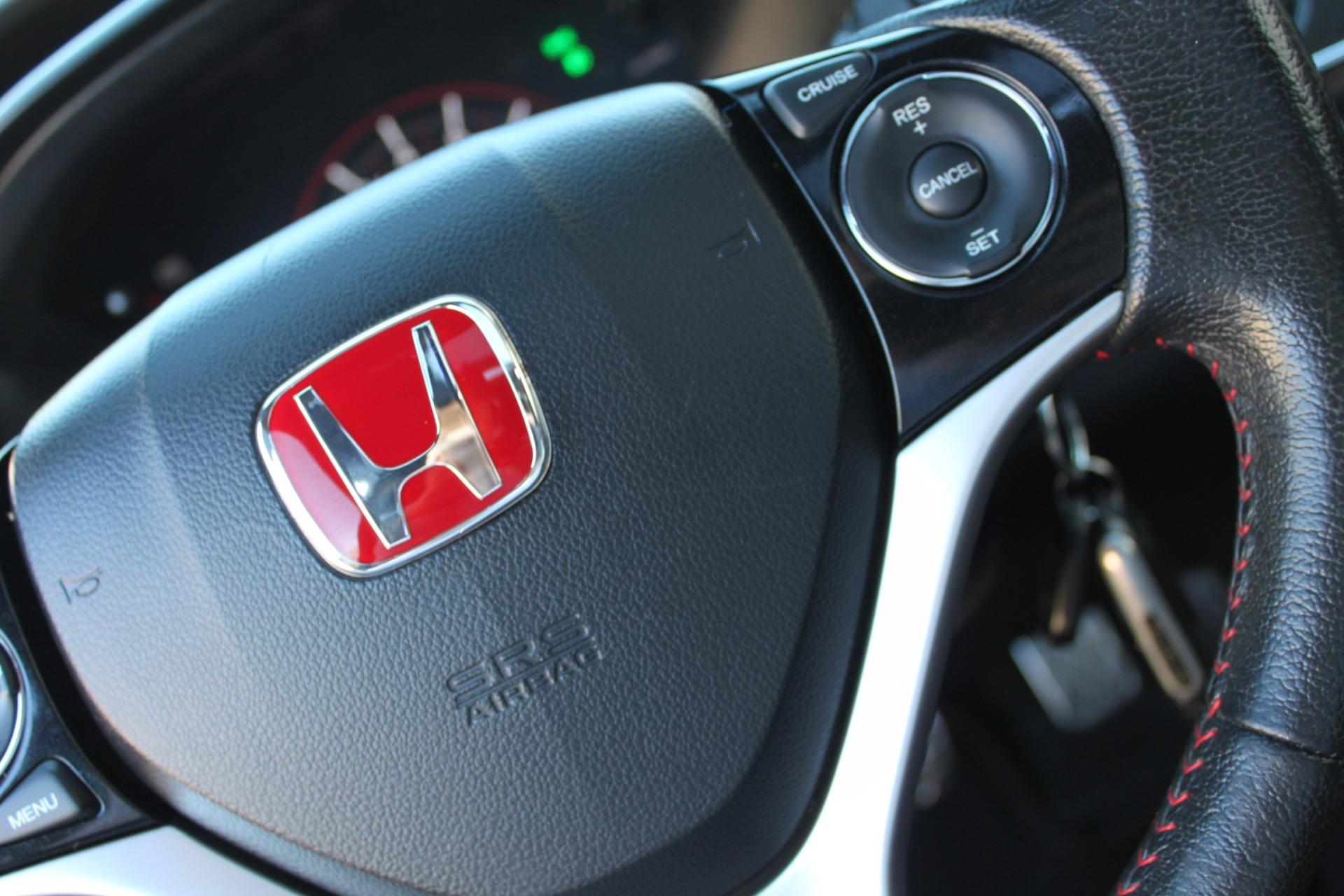 Used-2013-Honda-Civic-Sedan-Si-Porsche