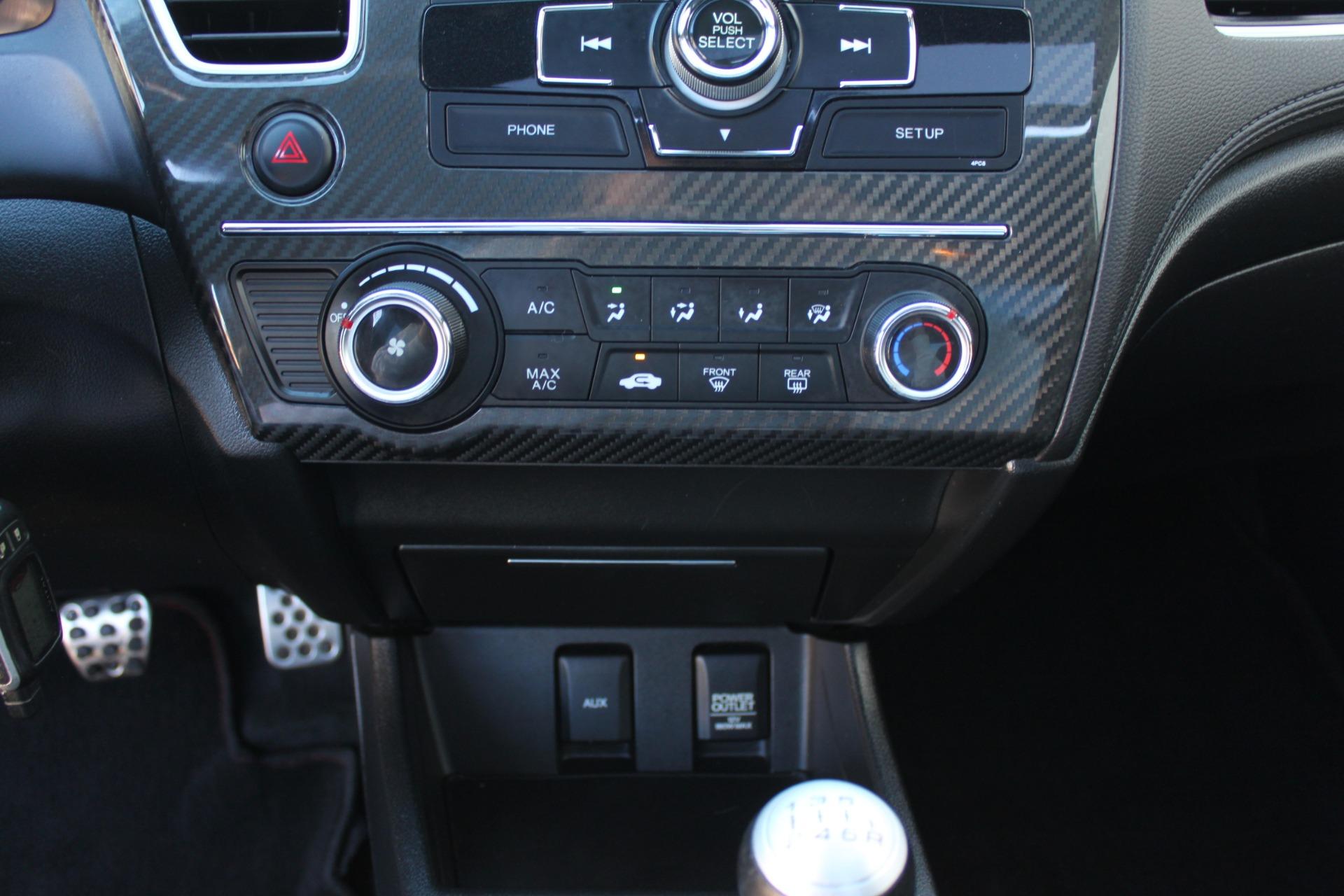 Used-2013-Honda-Civic-Sedan-Si-Classic