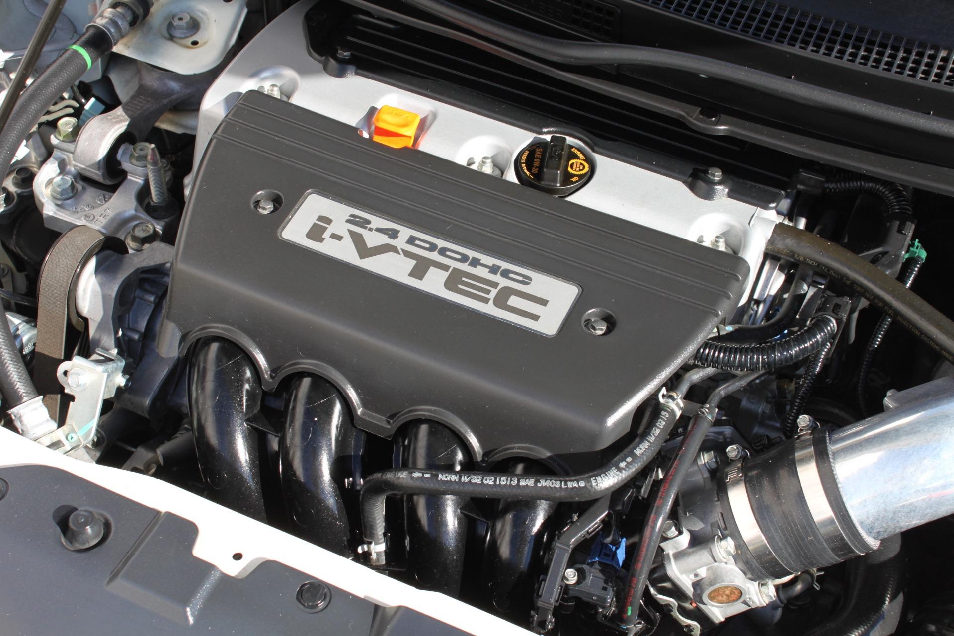 Used-2013-Honda-Civic-Sedan-Si-Land-Cruiser
