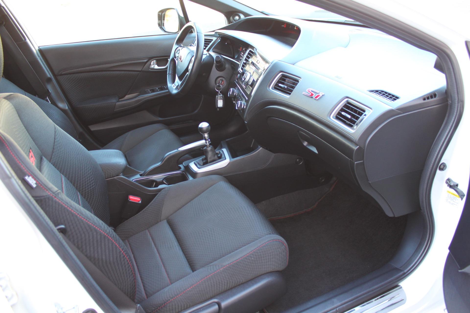 Used-2013-Honda-Civic-Sedan-Si-Chrysler