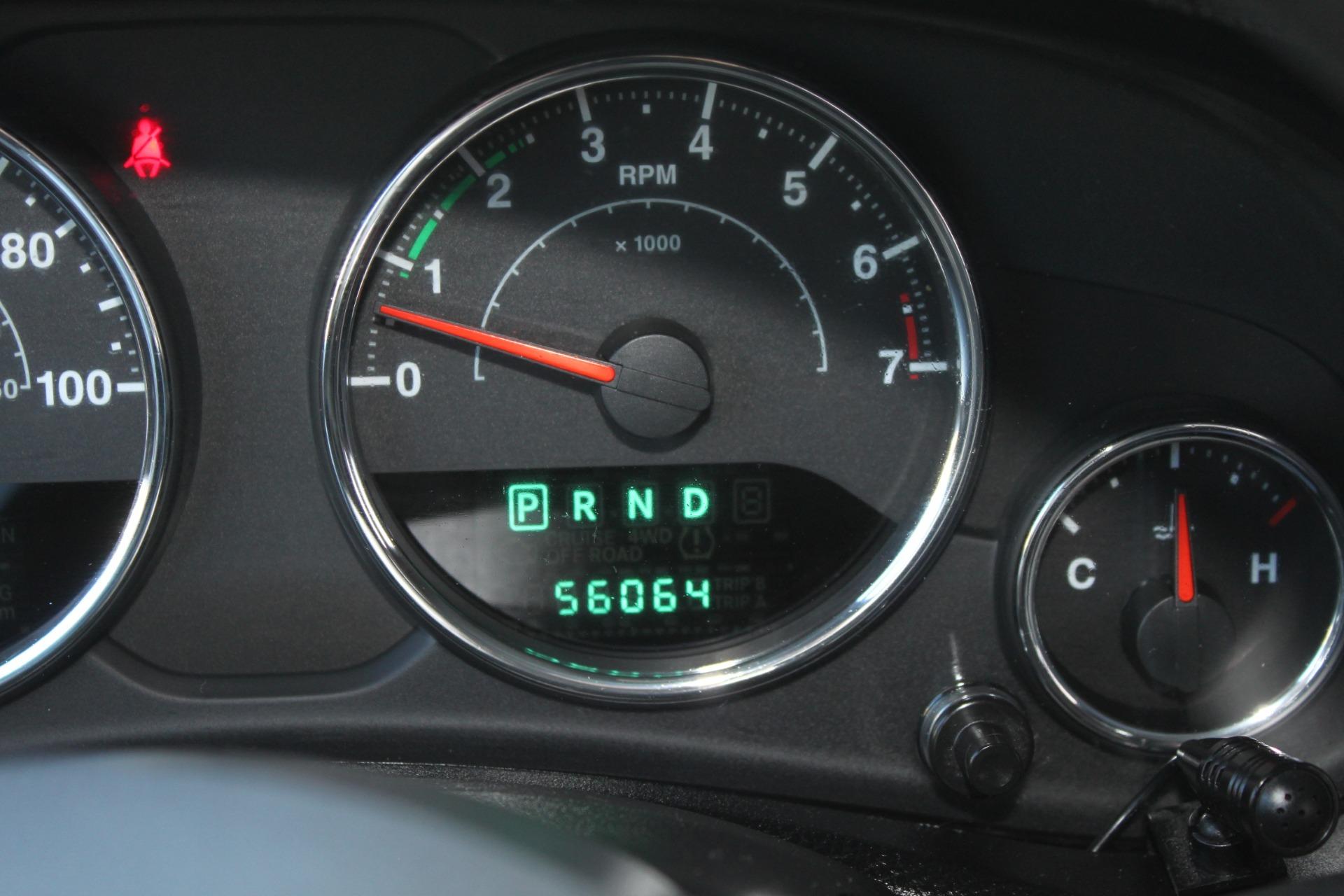 Used-2012-Jeep-Wrangler-Sport-4X4-Range-Rover