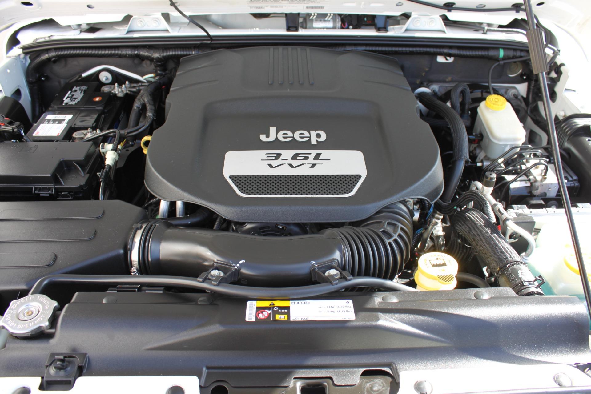 Used-2012-Jeep-Wrangler-Sport-4X4-BMW