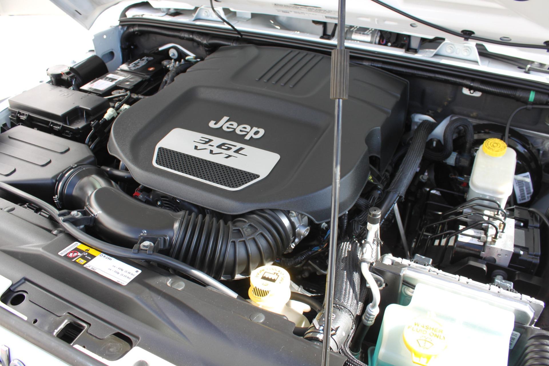 Used-2012-Jeep-Wrangler-Sport-4X4-Chrysler
