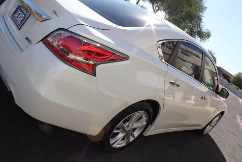 Used-2014-Nissan-Altima-25-SL-Audi