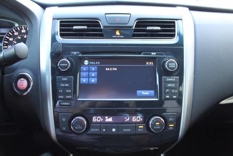 Used-2014-Nissan-Altima-25-SL-Fiat