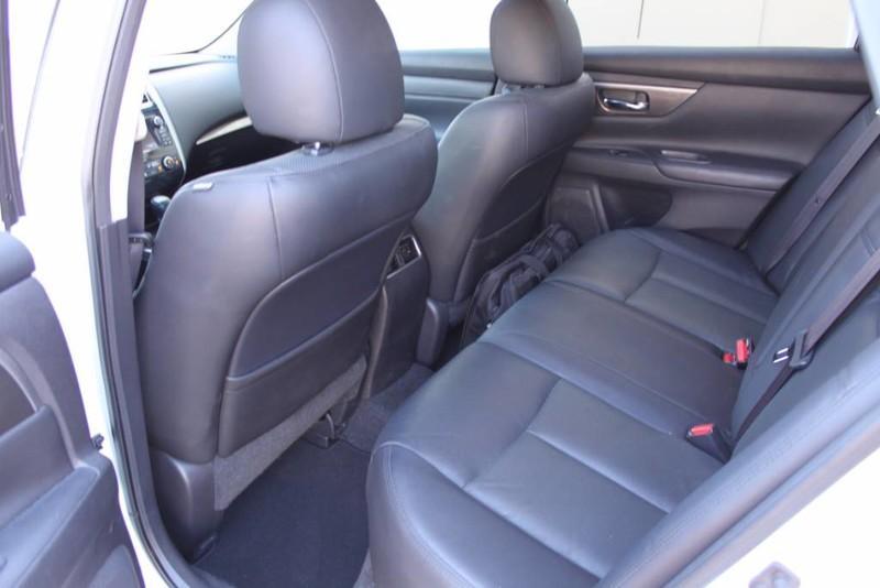 Used-2014-Nissan-Altima-25-SL-LS430