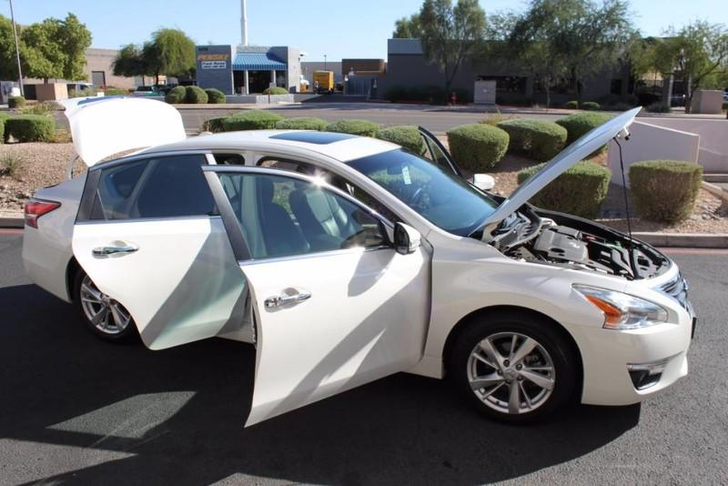 Used-2014-Nissan-Altima-25-SL-Tesla