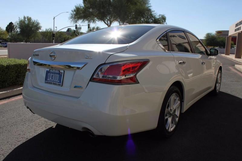 Used-2014-Nissan-Altima-25-SL-Classic