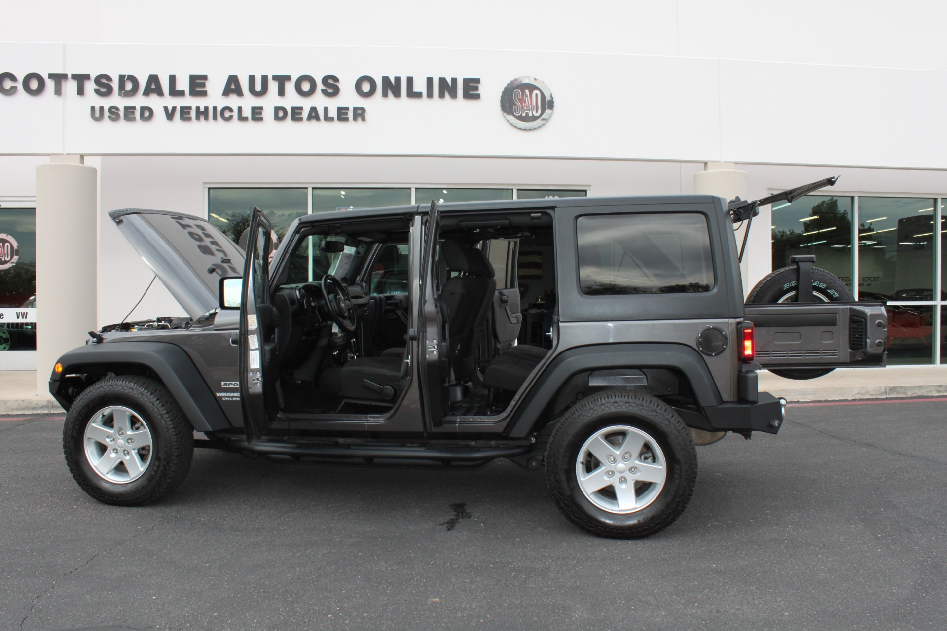Used-2014-Jeep-Wrangler-Unlimited-Sport-4X4-Chevelle