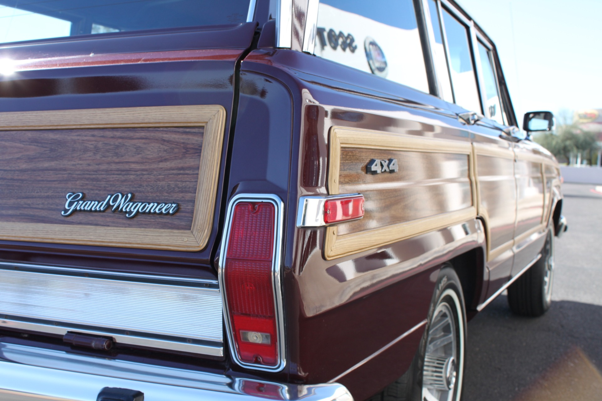 Used-1988-Jeep-Grand-Wagoneer-Chevrolet