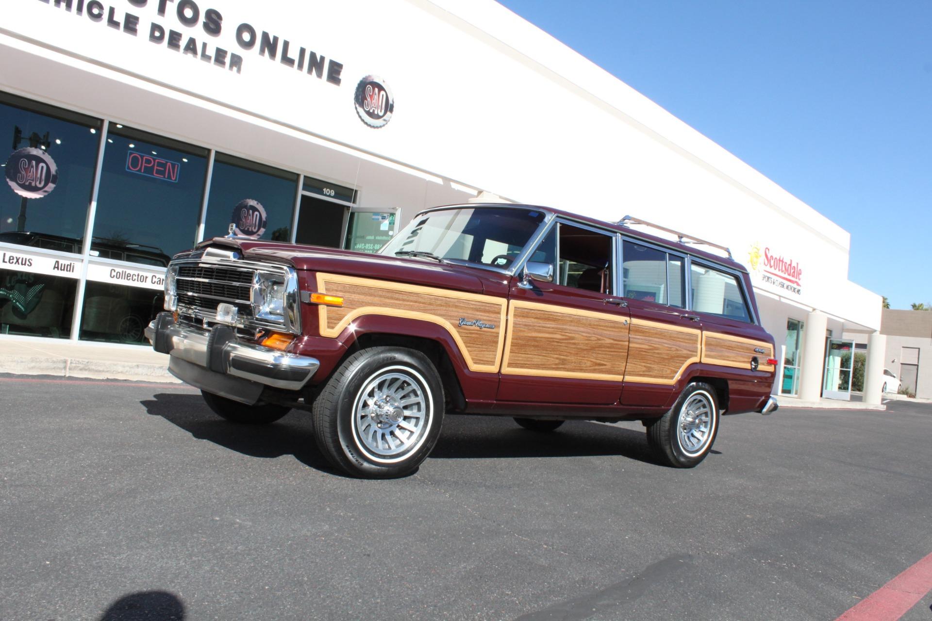 Used-1988-Jeep-Grand-Wagoneer-LS400