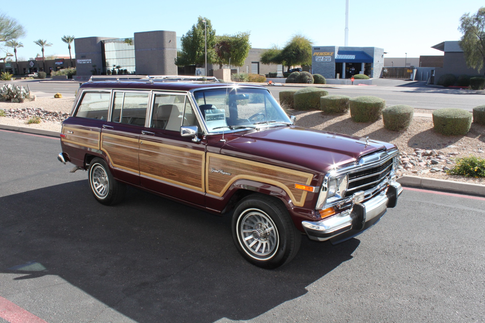 Used-1988-Jeep-Grand-Wagoneer-LS430