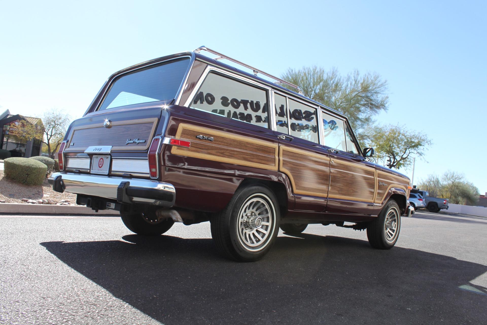 Used-1988-Jeep-Grand-Wagoneer-Mini