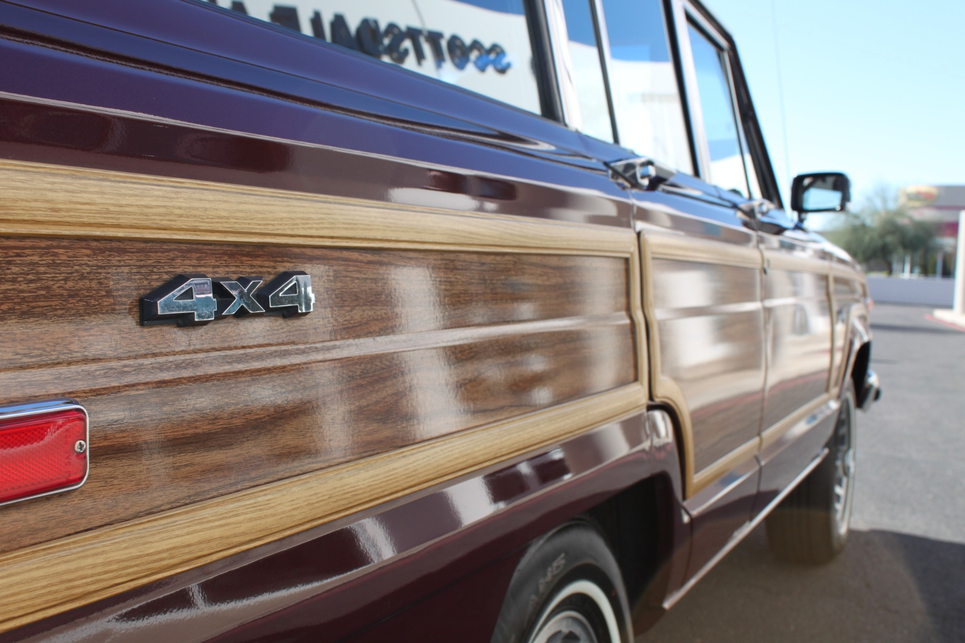 Used-1988-Jeep-Grand-Wagoneer-XJ