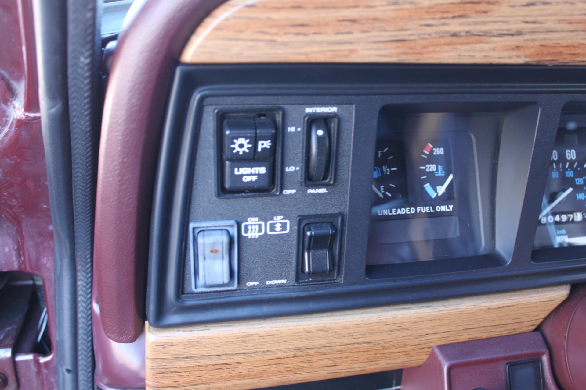 Used-1988-Jeep-Grand-Wagoneer-Wrangler