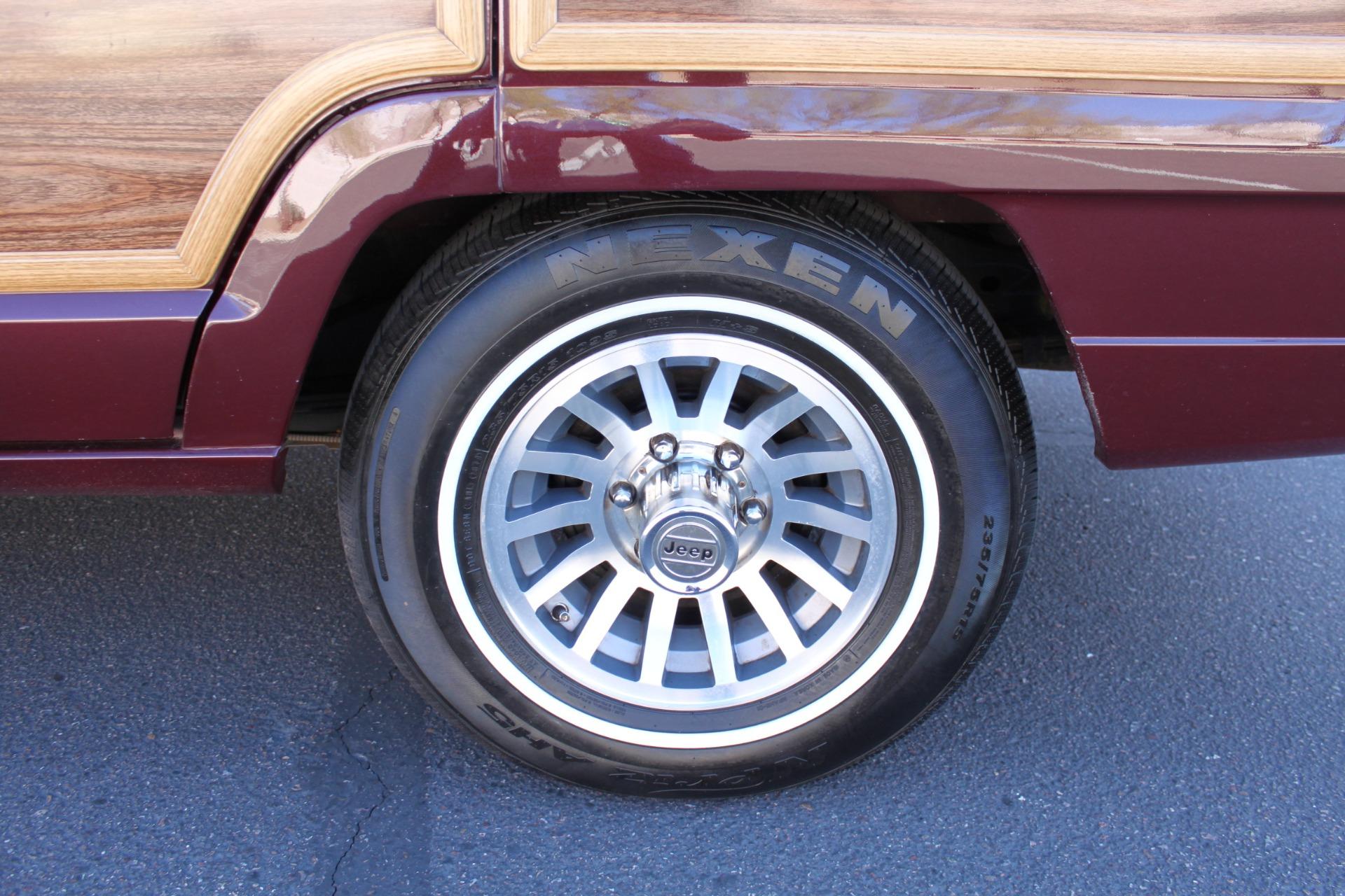 Used-1988-Jeep-Grand-Wagoneer-Audi