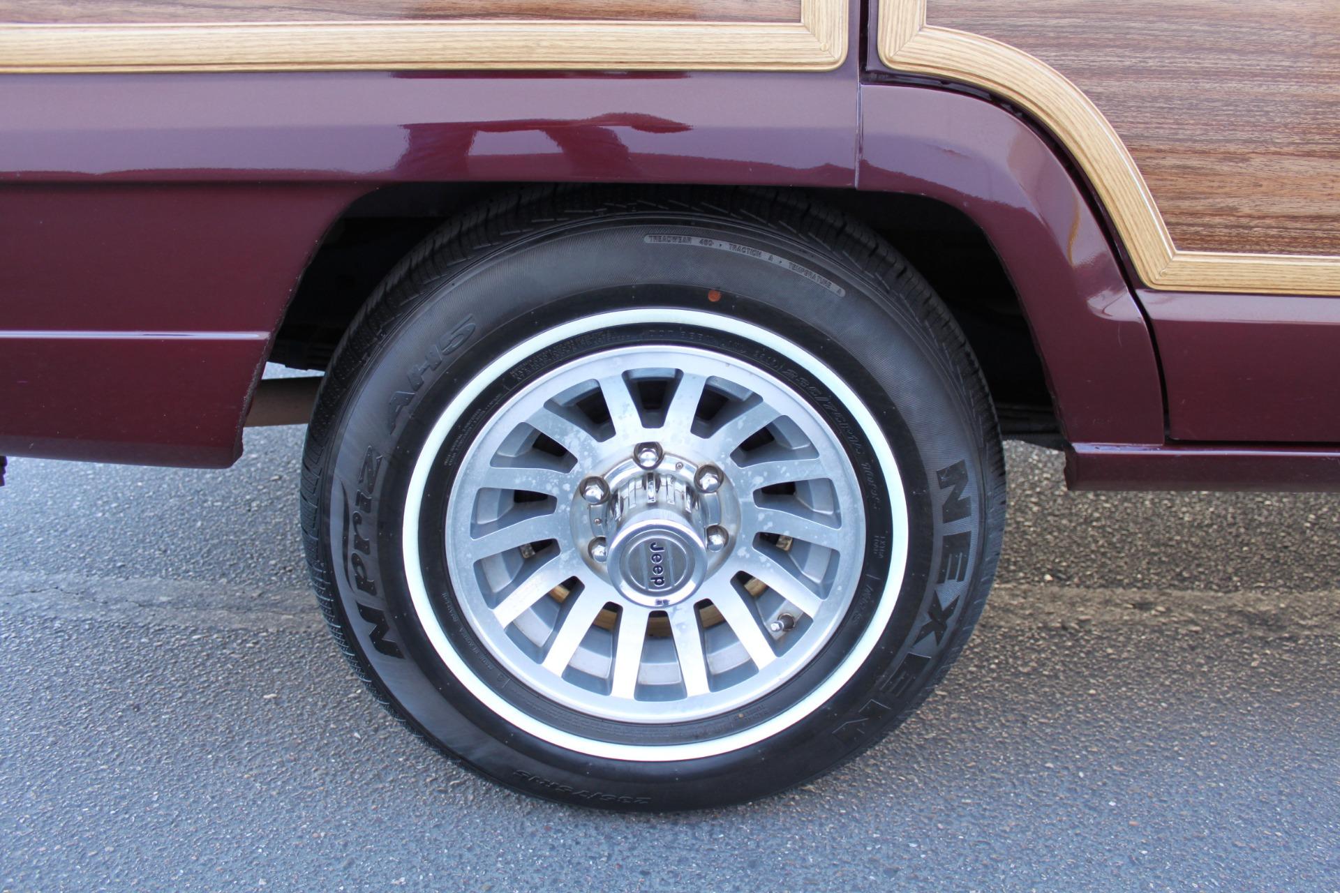 Used-1988-Jeep-Grand-Wagoneer-Lexus