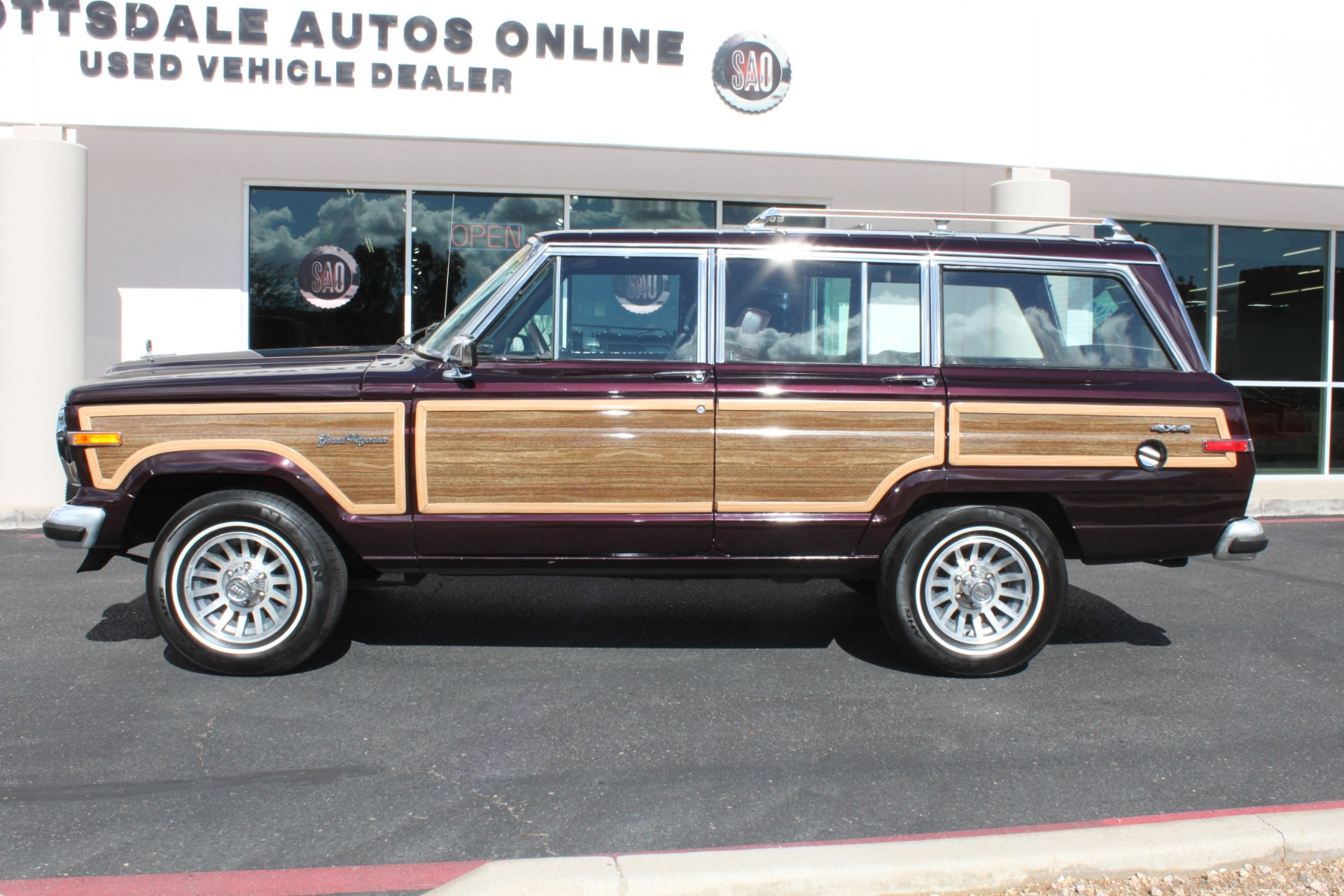 Used-1989-Jeep-Grand-Wagoneer-Wagoneer
