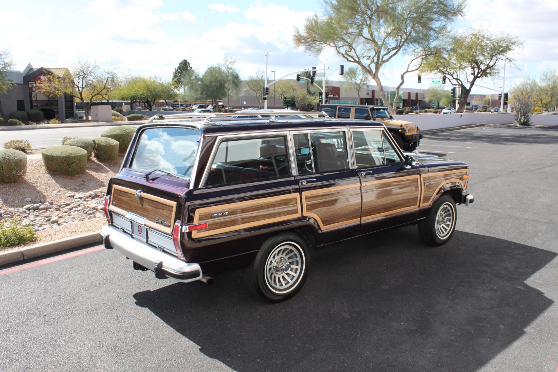 Used-1989-Jeep-Grand-Wagoneer-Fiat
