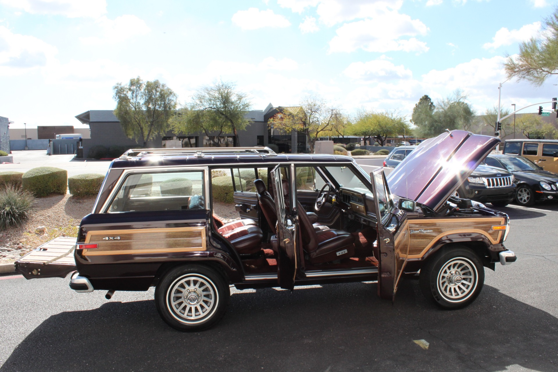 Used-1989-Jeep-Grand-Wagoneer-Land-Cruiser