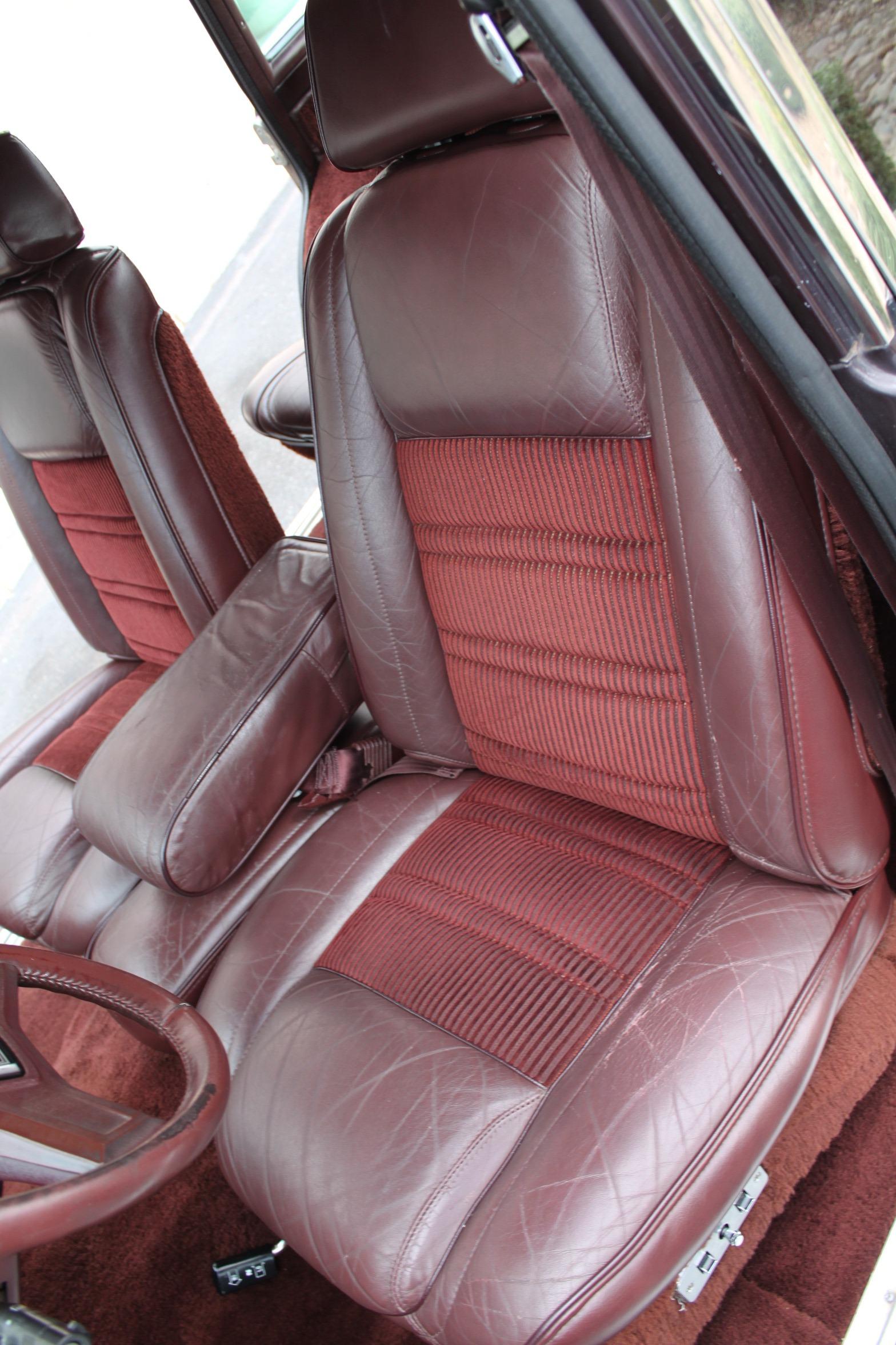 Used-1989-Jeep-Grand-Wagoneer-XJ