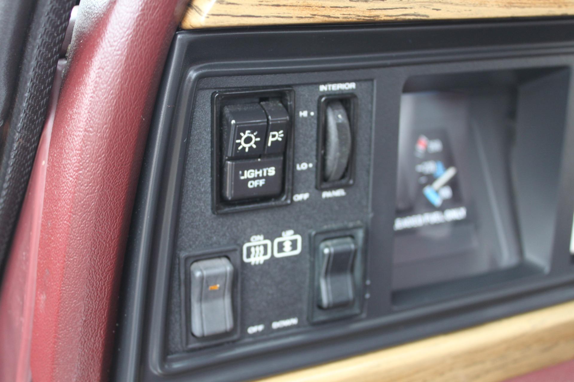 Used-1989-Jeep-Grand-Wagoneer-Lamborghini