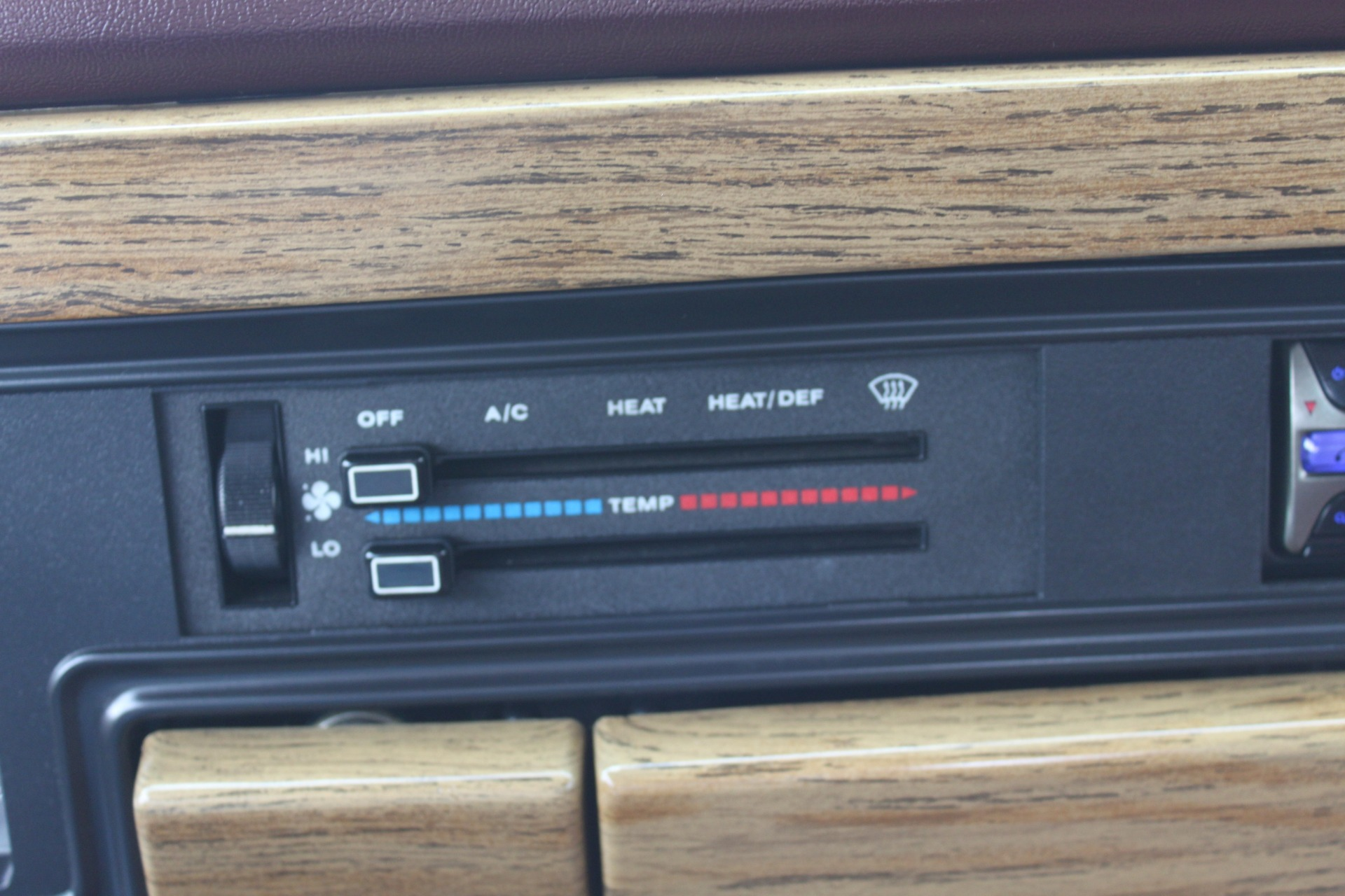 Used-1989-Jeep-Grand-Wagoneer-Land-Rover